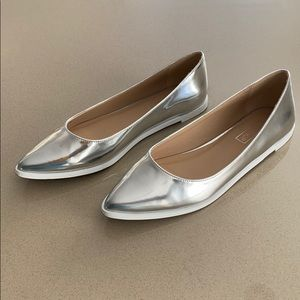 Topshop Silver Metallic Pointy Toe Flats